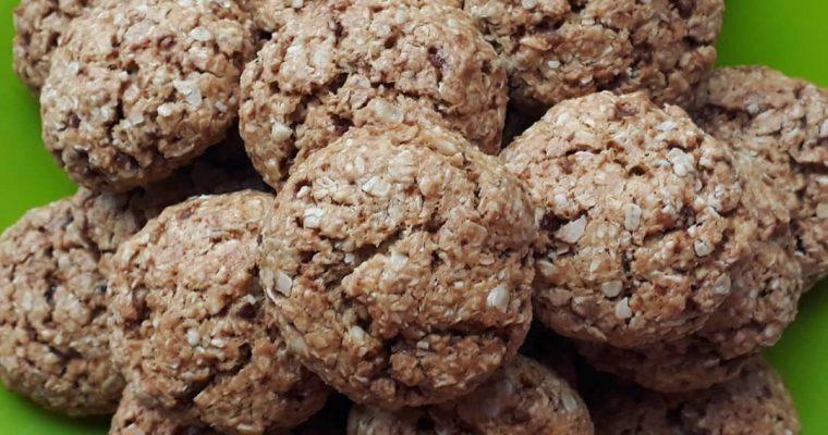 Бисквити с овесени ядки и кокос