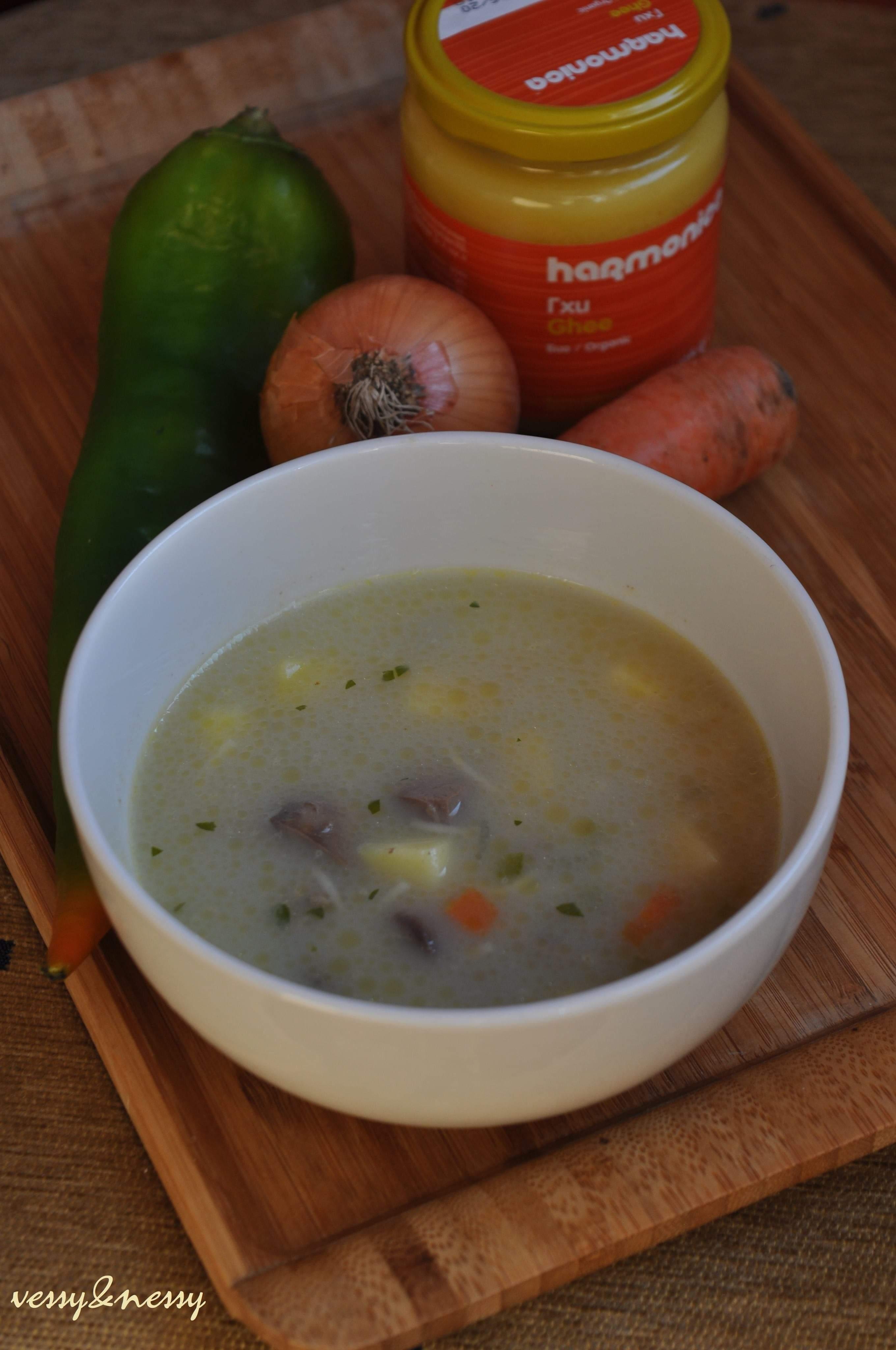 Супа от пилешки дробчета с Гхи