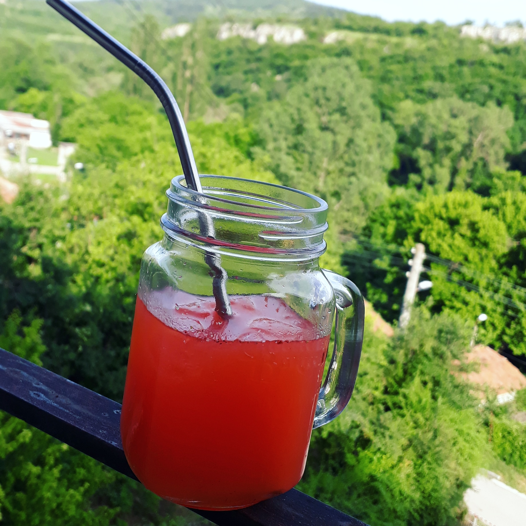 Домашна ягодова лимонада